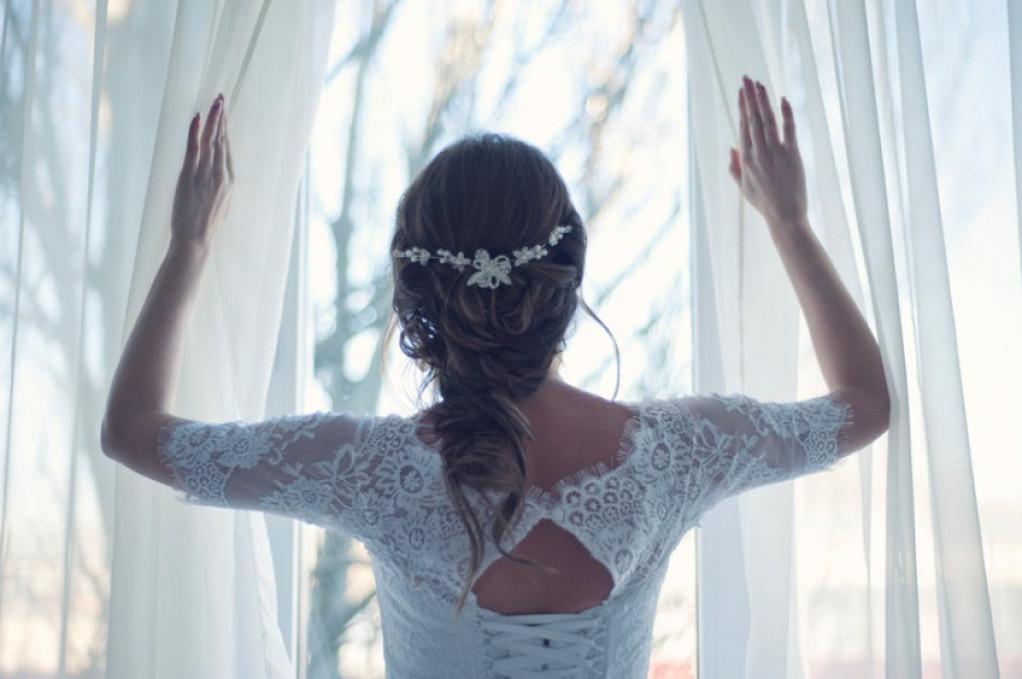 moderne bryllupskjoler